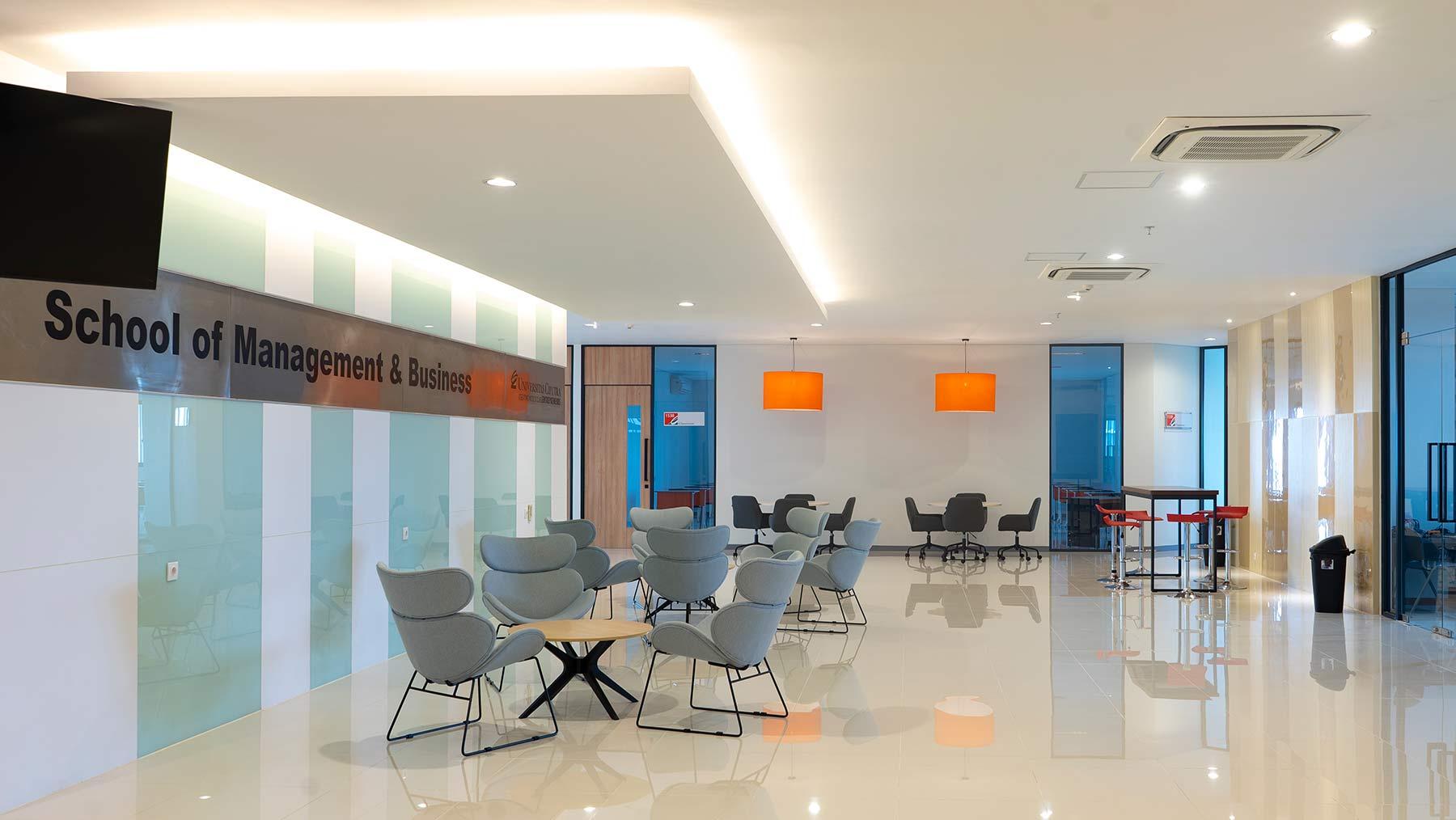 School of Management & Business Facilities